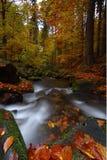 Wasserfall 2 Lizenzfreies Stockbild