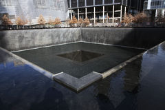 Wasserfall-Abdruck von WTC, Staatsangehörig-am 11. September Denkmal, New York City, New York, USA Stockbilder