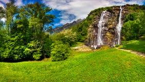 Wasserfall Acquafraggia Stockfotografie