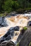 Wasserfall Ahvenkoski, Karelien, Russland, im August 2016 Stockbilder