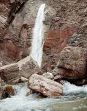 Wasserfall in Albanien Lizenzfreies Stockbild