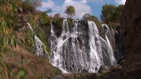Wasserfall Armenien Shaki oder Shaqe stock video