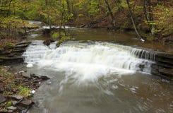 Wasserfall auf Butler Rd Lizenzfreie Stockfotos