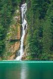 Wasserfall auf Konigsee See Stockfotos