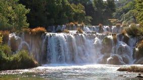 Wasserfall auf Krka Fluss stock video