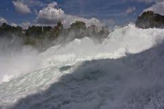 Wasserfall auf Rhein-Fluss Lizenzfreies Stockfoto
