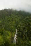 Wasserfall in Aydar Lizenzfreies Stockbild