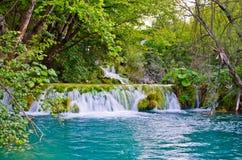 Wasserfall in den Plitvice Seen Park, Kroatien Stockfoto