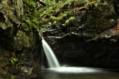 Wasserfall des silbernen Stromes Lizenzfreie Stockbilder
