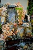 Wasserfall des Steins lizenzfreie stockfotos