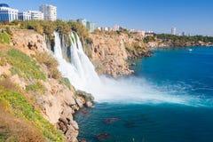 Wasserfall Duden in Antalya, die Türkei lizenzfreie stockfotos