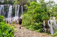 Wasserfall EL Nicho, Kuba lizenzfreie stockfotos