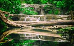 Wasserfall Erawan Lizenzfreie Stockfotografie