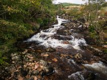 Wasserfall in Glen Etive im Glen Coe-Bereich in Schottland stockfoto