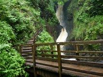 Wasserfall in Glenariff, Nordirland Stockbild