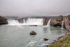 Wasserfall Godafoss Island mit einer langen Belichtung Stockfotografie