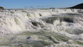 Wasserfall Gullfoss in Island stock video