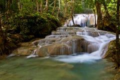 Wasserfall haben Fische Lizenzfreies Stockbild