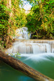 Wasserfall Huay Mae Kamin Stockfotos