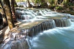 Wasserfall huay mae khamin in Thailand Stockfotos