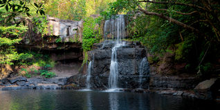 Wasserfall im Dschungel, Thailand Stockfoto