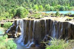 Wasserfall im Tal des blauen Mondes, Lijiang, China Stockbilder