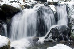 Wasserfall im Winter in Triberg Lizenzfreies Stockfoto