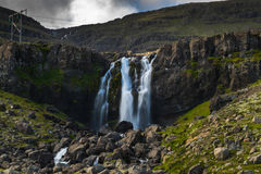 Wasserfall in Island Stockfotos