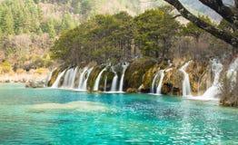 Wasserfall, Jiuzhaigou-Naturschutzgebiet-Winter lizenzfreie stockbilder