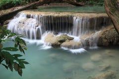 Wasserfall in Kanchanaburi Lizenzfreie Stockfotografie