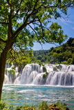 Wasserfall Krka im Nationalpark in Kroatien Lizenzfreie Stockfotos