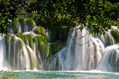 Wasserfall Krka im Nationalpark in Kroatien Stockbild