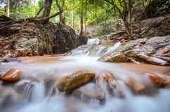 Wasserfall-lange Berührung Stockfotografie