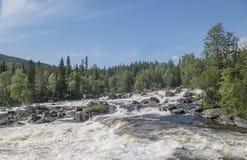 Wasserfall Myantyukoski Nationalpark Paanajärvi Stockfotos