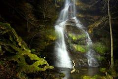 Wasserfall nachts Lizenzfreies Stockbild