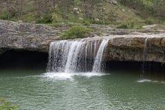 Wasserfall nahe der Stadt Pazin Lizenzfreie Stockfotos