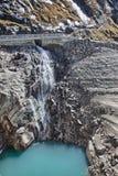Wasserfall nahe Kaprun - Zell morgens sehen, Österreich Stockbild