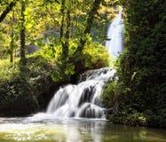 Wasserfall natürlichen Park am Monasteriode Piedra Lizenzfreie Stockfotografie