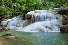 Wasserfall in Nationalpark Erawan, Niveau 5 Lizenzfreies Stockfoto