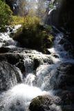 Wasserfall in Nationalpark Jiuzhaigou von Sichuan China Lizenzfreie Stockbilder