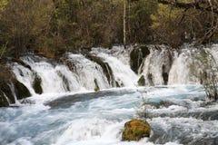 Wasserfall in Nationalpark Jiuzhaigou von Sichuan China Lizenzfreies Stockbild