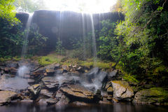 Wasserfall an Nationalpark Phu Kradueng Lizenzfreies Stockbild