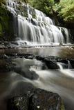 Wasserfall in Neuseeland stockbilder