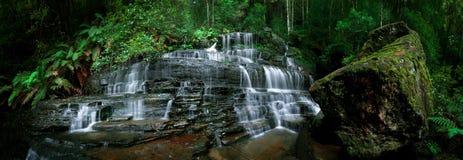 Wasserfall Pano Stockfotografie