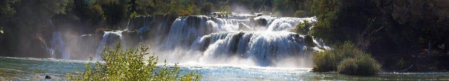Wasserfall-Panorama Lizenzfreie Stockfotos