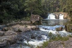 Wasserfall in Parelheiros stockbilder