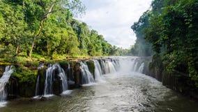 Wasserfall Pha Suam, Paksa Lizenzfreies Stockfoto