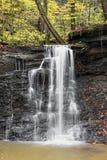 Wasserfall in Piatt-Park Stockbild