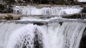 Wasserfall-Reihen-Schleife stock footage