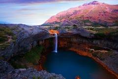 Wasserfall Salto Del Agrio und Agrio-Fluss Lizenzfreie Stockfotos